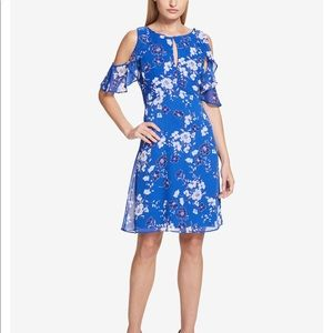 kensie's shoulder-revealing dress. Never worn.
